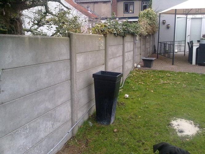 Betonnen schutting  Concrete fence  #concrete #fence #garden