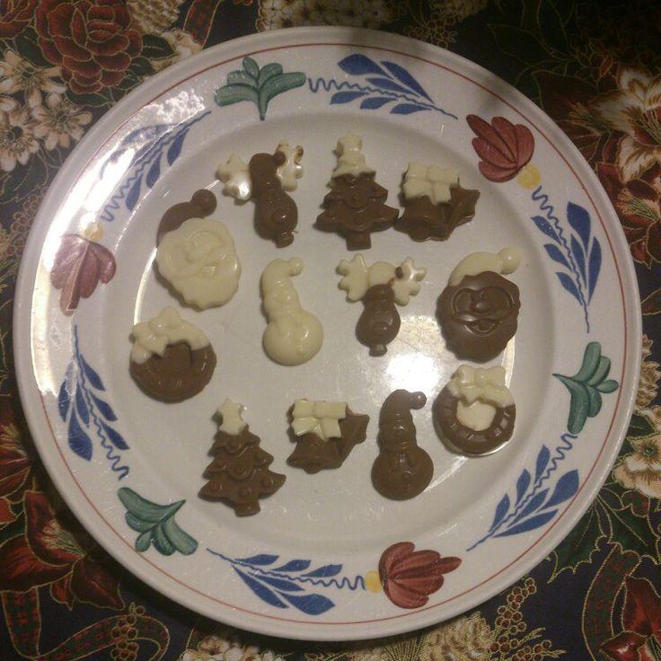 Zelf gemaakte chocoladefiguren kerst
