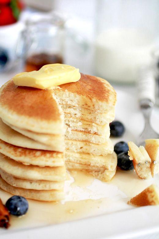 Fluffy Pancakes- Like McDonald's Hotcakes!