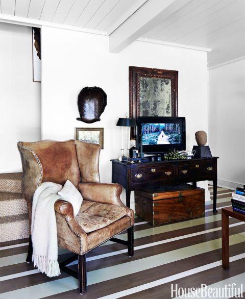 Das koloniale Williamsburg trifft die Tropen in diesem 1.400 Quadratmeter großen Haus