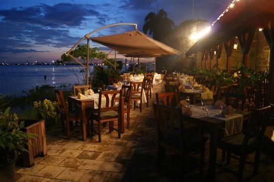 Paramaribo- restaurant Baka Foto in Fort Zeelandia. Aanrader! goede keuken met lokale producten.