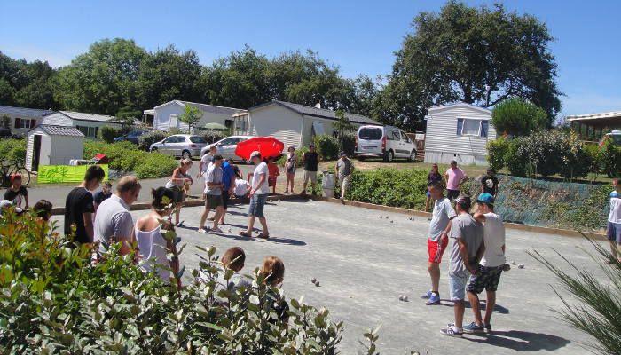 En famille en camping avec parc aquatique en Vendée