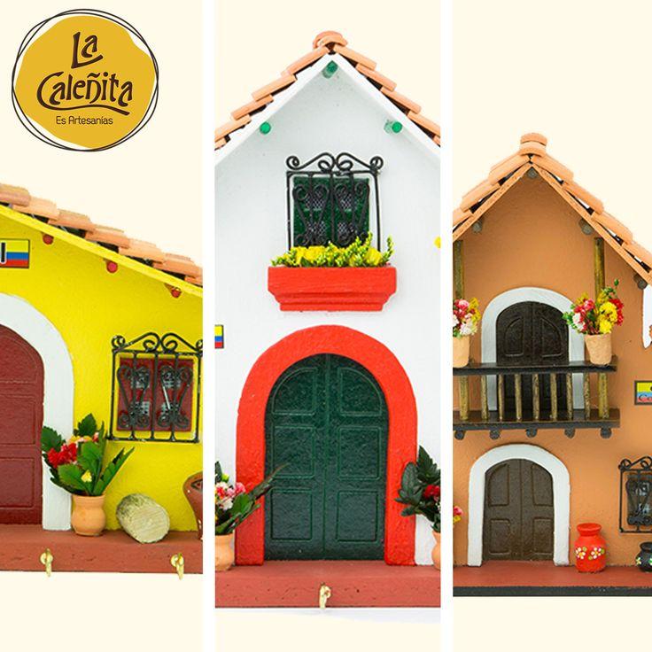 Nuestras Fachadas, divinas para decorar las paredes de entrada a tu casa o como colección para aquellas zonas donde quieres imprimir un estilo étnico y cultural a tus espacios. 😍🏠💖 #ArtesaniasColombianas #ArtesaniasLaCaleñita #LaCaleñita
