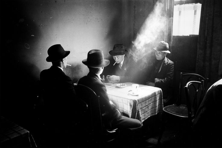 Bert Hardy - Chinese hostel, Chinatown, May 1942.