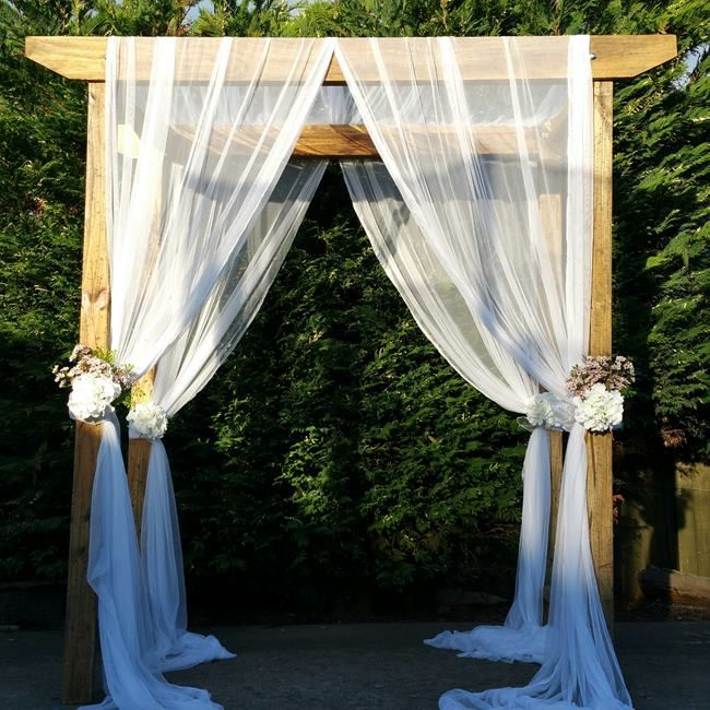 Diy Beach Wedding Arch: 17 Best Ideas About Wood Wedding Arches On Pinterest