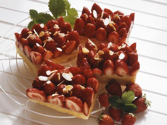 Erdbeer-Blechkuchen ist ein Rezept mit frischen Zutaten aus der Kategorie Blechkuchen. Probieren Sie dieses und weitere Rezepte von EAT SMARTER!