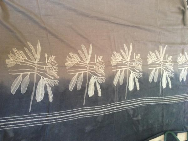 Stone Leaf Emb on stone linen throw with dip 150x300cm