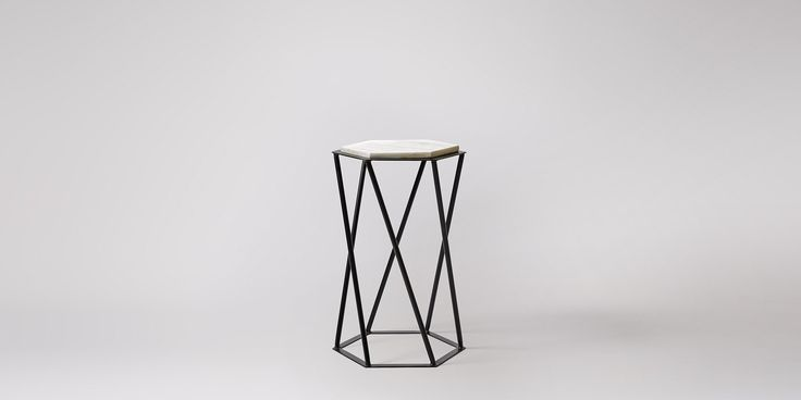 Kay side table in black marble and steel