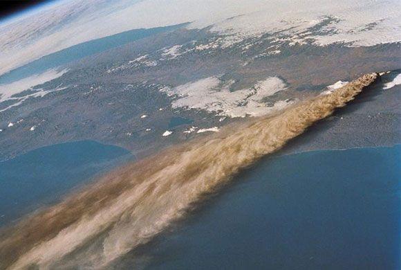 Fum din vulcanul Kliuchevskoi