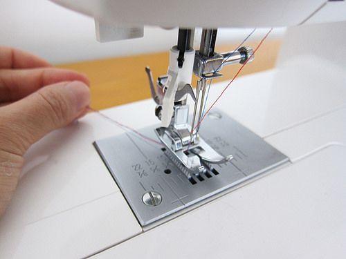Como coser com agulha dupla. Super bem explicado!