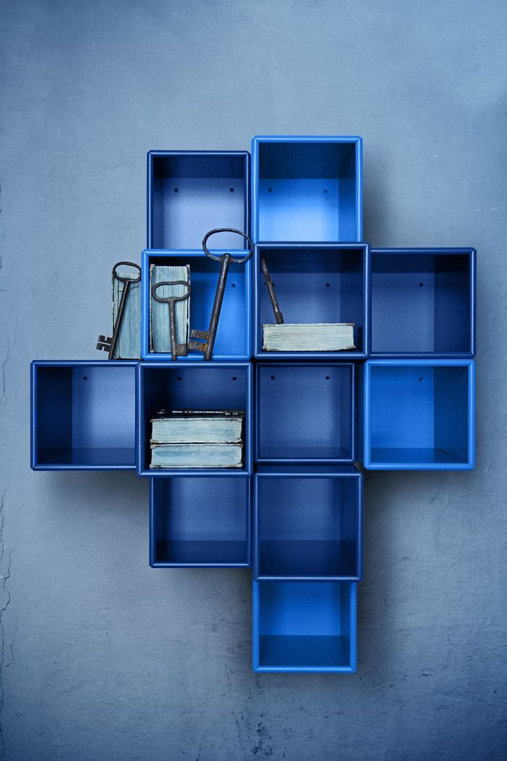 Modules in blue hues. #montana #furniture #danish #design #furniture #storage #interiorinspiration #interior #design #indretning #inredning #einrichtung #bookcase