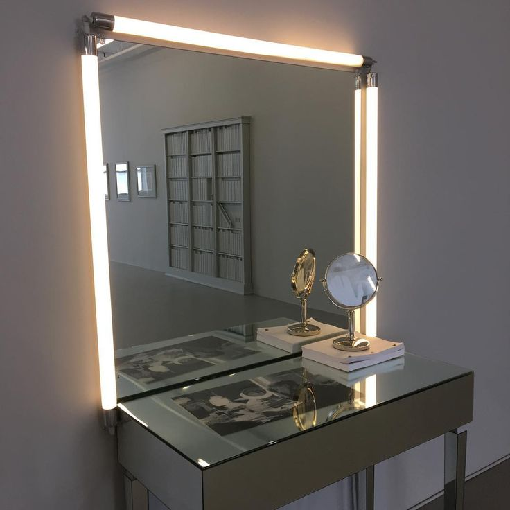 Barbara Bloom, Vanity, 2017, vanity mirror and lighting, mirrored vanity table, photograph etched small vanity mirror, digital archival photograph, and movie scripts, dimensions variable, with The Ideal Home, 2017, reflected in mirror, @davidlewisgallery, NY through June 25. #barbarabloom #davidlewisgallery #nyshows #closingsoon
