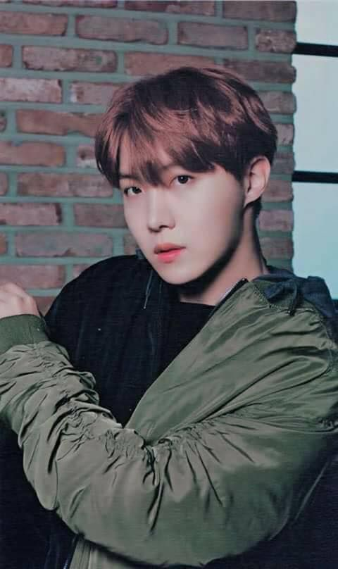listen to my heartbeat is calls you whenever it wants to. -save me (BTS)