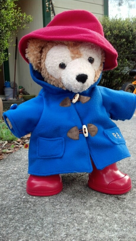 Homage to the original traveling bear, Paddington #Duffy #DuffyTheDisneyBear #DisneyBearCousins