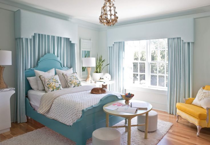 At Home with Angela Blehm - love the bed