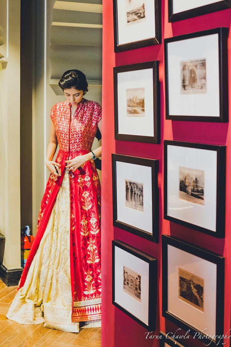 #benaras #AnitaDongre #Bridal #Couture #style #fashion #gotapatti #rajasthan #india #indian #luxury #heritage #lehenga #indianbride #jewellery #prints #embroiderey #handcrafted #handmade
