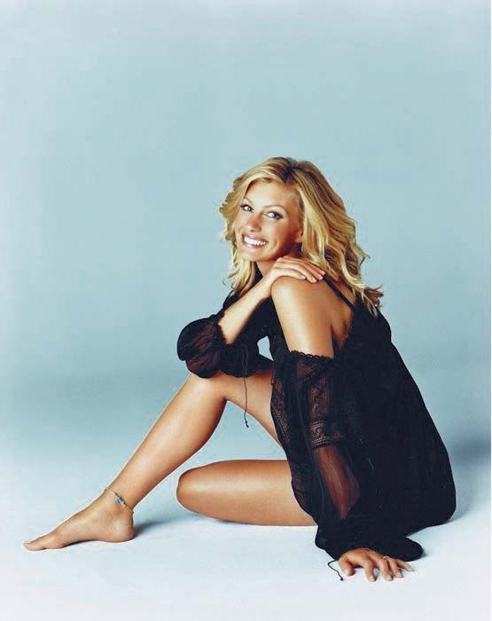 Faith Hill is just totally awesome and her lyrics in her music is everything goals!