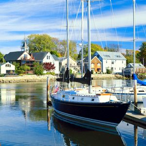 Sailing in Kennebunkport, Maine. Via T+L (www.travelandleisure.com).