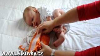 YouTube - jak se přebaluje s kapsovou plenou (video s živým miminkem)