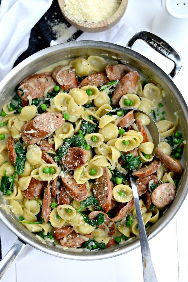 One-Pan Creamy Orecchiette Pasta with Chicken Sausage (Can use vegetarian such as Smart Sausages or Tofurky)