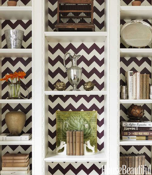 Remodelaholic » Blog Archive 25 great ways to use Chevron stripes!: Chevron Patterns, Bookshelves, Bookcases, Chevron Wallpapers, Decoration Idea, Book Shelves, Shelves United, Chevron Stripes, Christina Murphy