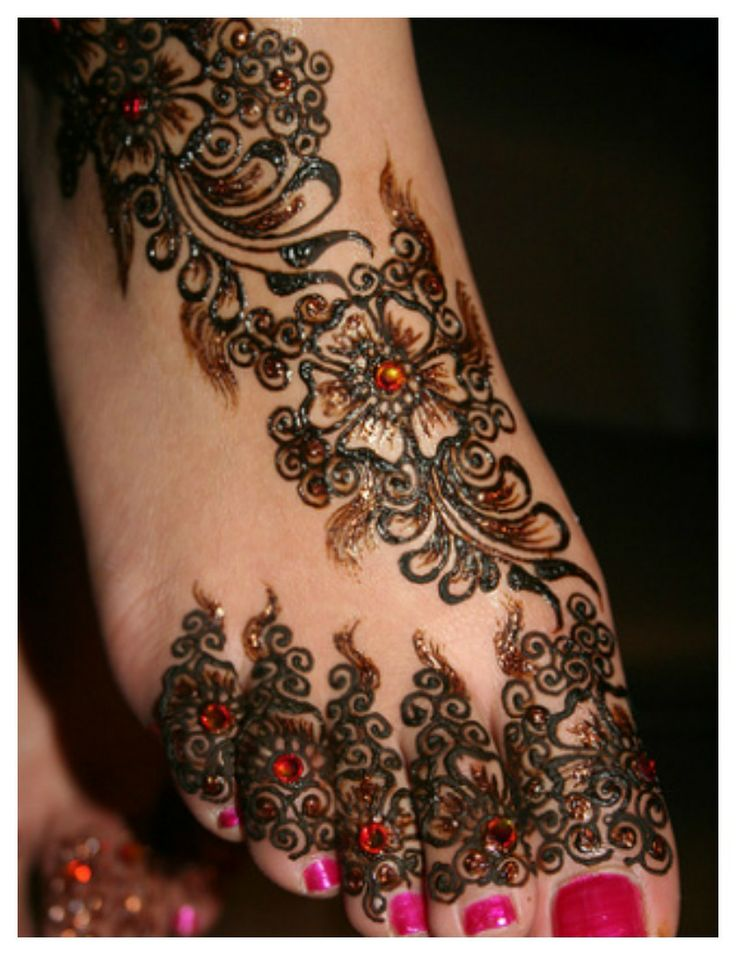 Colourful Henna And Mehndi Designs