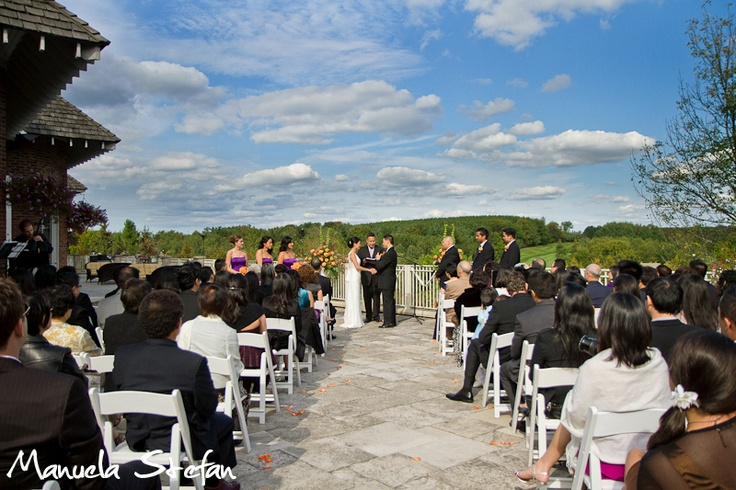 Ceremony at King Valley Golf Club by Manuela Stefan