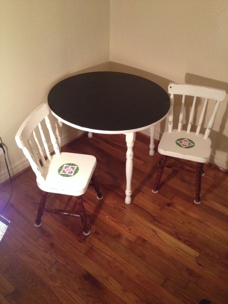 Chalk table with stenciled chairs :)