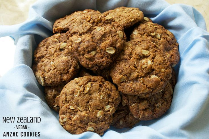 Anzac Biscuits: New Zealand Rolled Oats Crisps