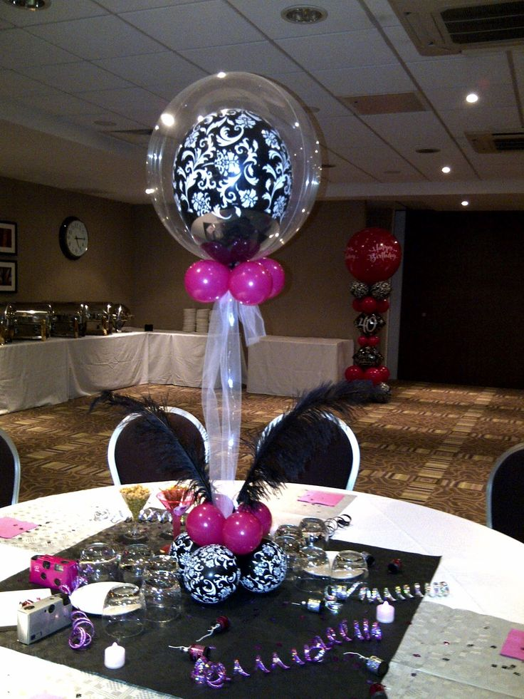 purple and silver party decorations centre pieces with pretty damask printed balloons. Black Bedroom Furniture Sets. Home Design Ideas