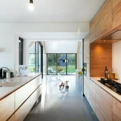 Barn Living: moderne Keuken door Bureau Fraai