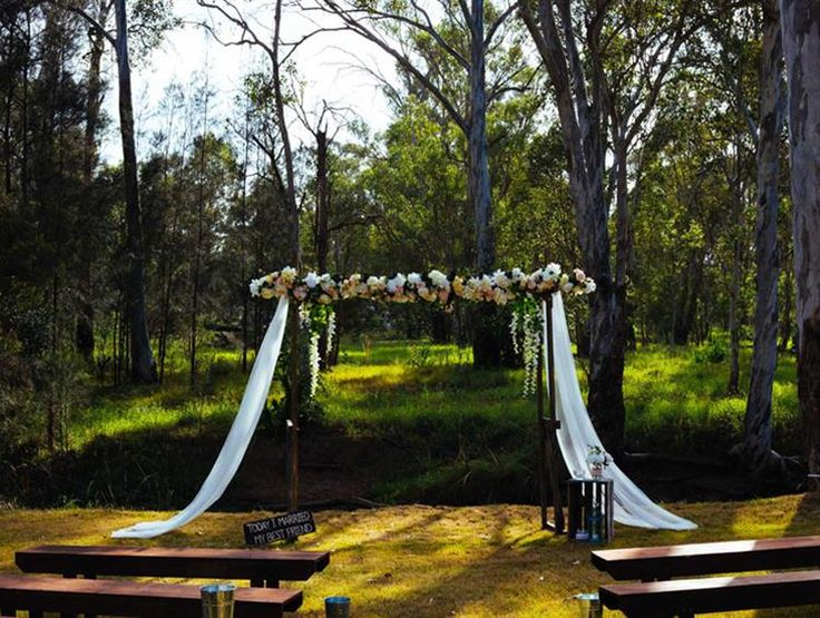 Tahlula's Event Hire [NSW] Having a deep-rooted love for all things handmade, vintage, rustic and bohemian sets us apart from most other hire companies.