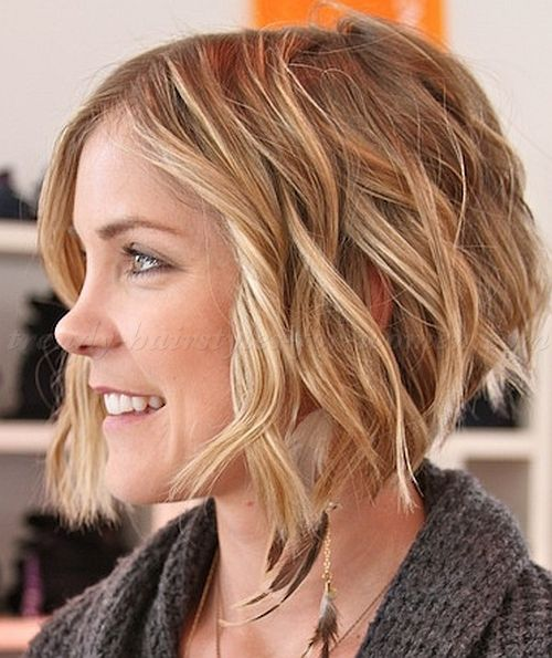 a line haircuts for curly hair wavy hairstyles for a line wavy bob trendy 2933