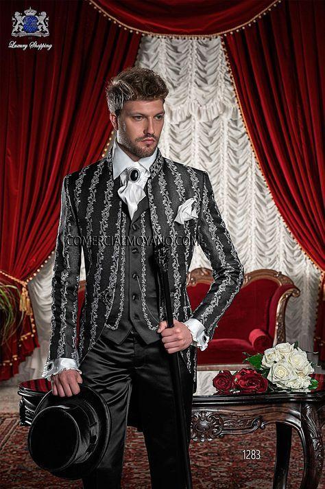 Traje de novio semilevita coreana en tejido brocado negro-plata con cuello Mao de pedrería, pantalón de raso negro, modelo 1283 Ottavio Nuccio Gala colección Barroco 2015.