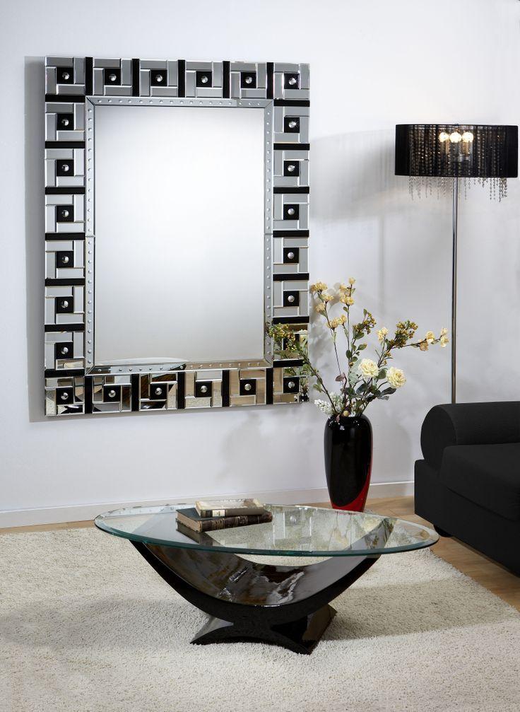 Espejo moderno y decorativo