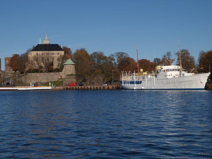 The Royal Yacht, Norge, beside Akershus Festning.