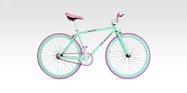 . Vendo bicicleta Fixie nueva usada un par de veces la vendo por no usar .. Espectacular !!!