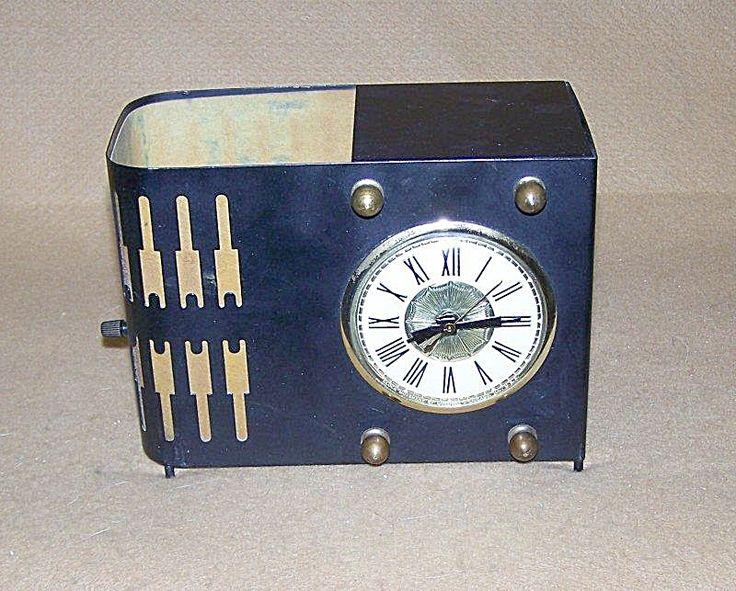 vintage 1950 lanshire electric tv lamp clock antique vintage clocks pinterest tvs. Black Bedroom Furniture Sets. Home Design Ideas