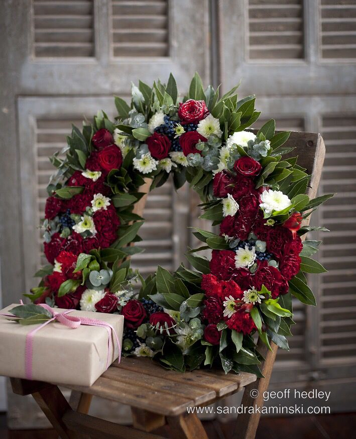 Christmas wreath by Sandra Kaminski