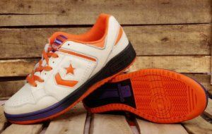 Converse basketball shoes white orange  #It is good for running #fashion #nice #sports #men's shoes #basketball shoes