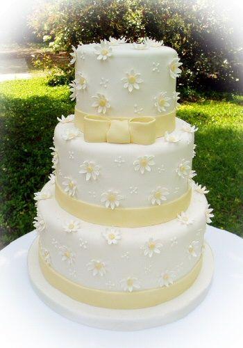 daisy cakes | daisy wedding cakes