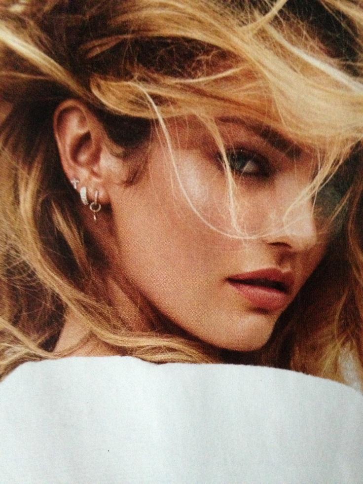 Love the mixture of earrings!