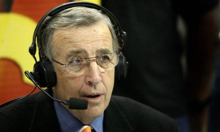 Brent Musburger signs extended deal with ESPN = Brent Musburger has signed a multi-year contract extension with ESPN. The network made the announcement Thursday. The news comes just two days after CBS announced that Verne Lundquist will retire as voice of.....