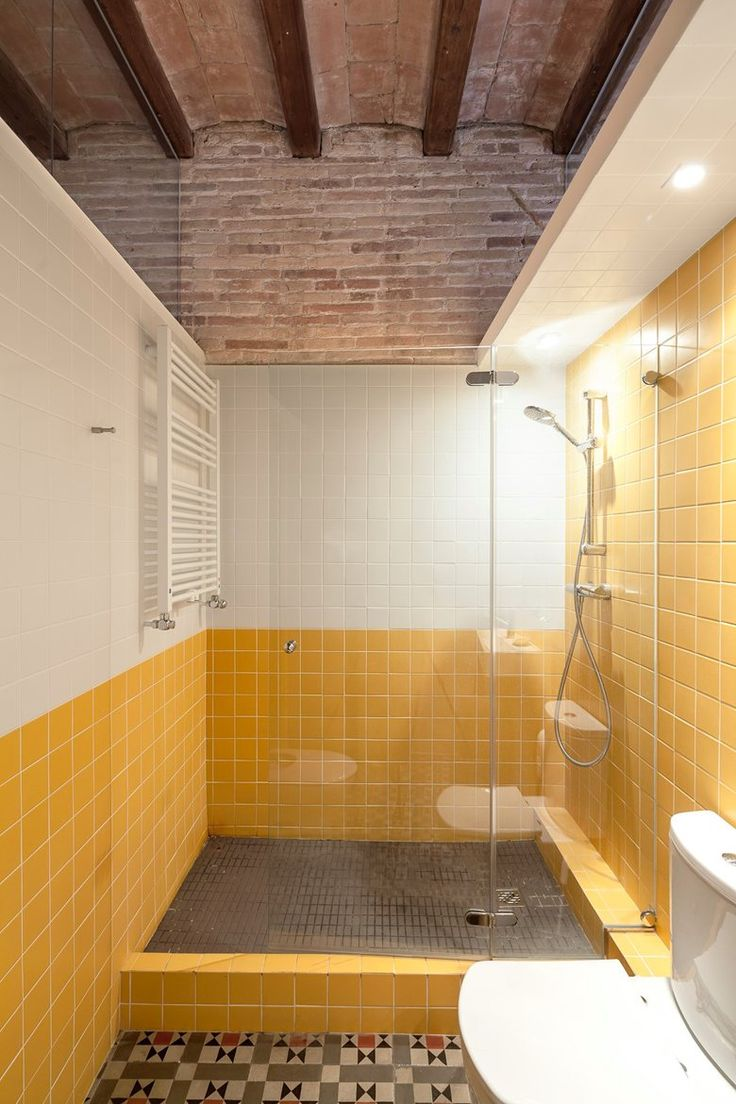 Pictures Of Yellow Bathrooms Best 25 Yellow Mediterranean Bathrooms Ideas Only On Pinterest