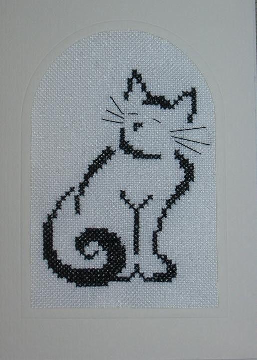 Cat cross stitch also as filet crochet.