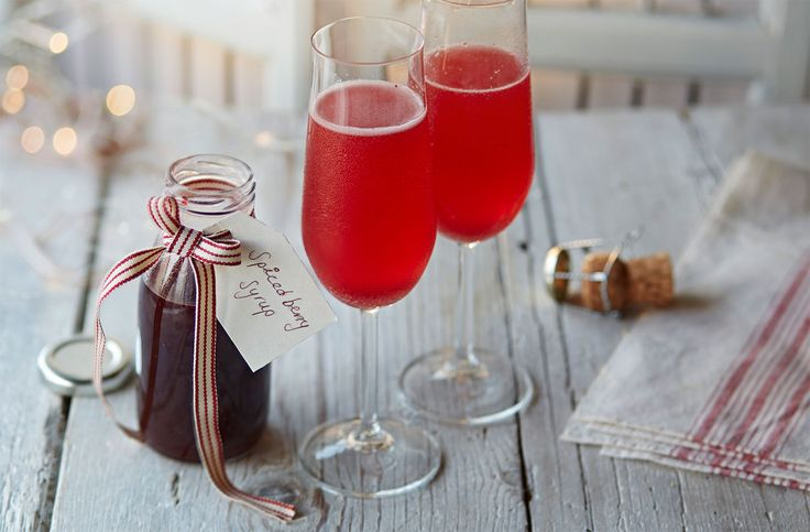 Spiced berry Bellinis | Tesco Real Food