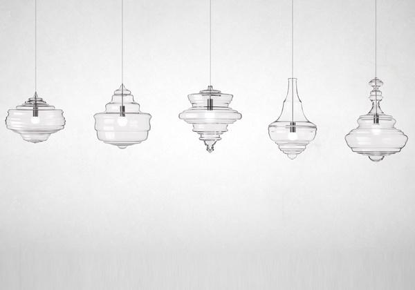 Jan Plechac & Henri Wielgus firmano per Lasvit la collezione Neverending Glory. Cinque lampade a sospensione realizzate in cristallo che ricordano nelle singole forme gli chandelier dei teatri più famosi del mondo