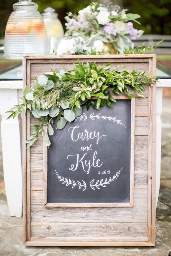 Rustic chalkboard wedding sign: http://www.stylemepretty.com/tennessee-weddings/nashville/2016/01/14/rustic-elegant-fall-wedding-at-cedarwood/   Photography: Kelsey Combe - http://kelseycombe.com/#!/HOME