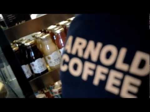 Arnold Coffee : The American Coffee Experience    La prima e unica vera caffetteria americana in Italia __ The first and only true American coffee shop in Italy!