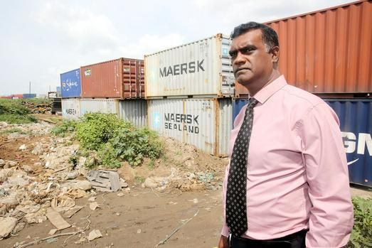 Durban - Twenty-three businesses have signed a petition to stop traffic congestion on Rana Road in Isipingo, putting the blame solely on a container depot.